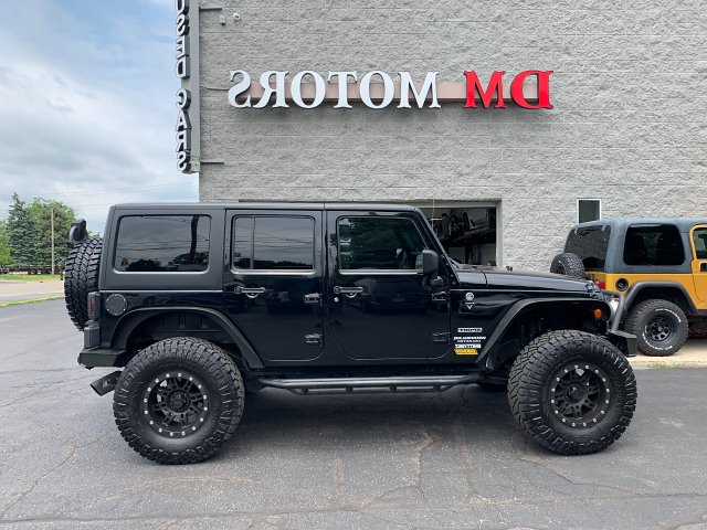 2013 Jeep Wrangler Unlimited Sport 4WD 5-Speed Automatic
