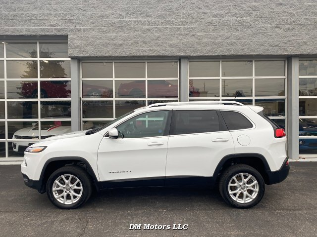 2014 Jeep Cherokee Latitude 4WD 9-Speed Automatic
