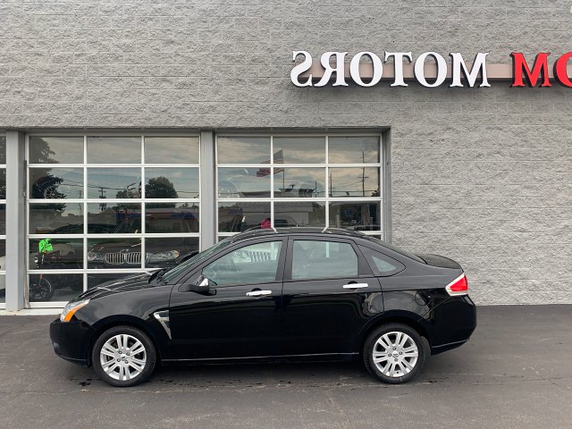 2009 Ford Focus SEL Sedan 5-Speed Manual