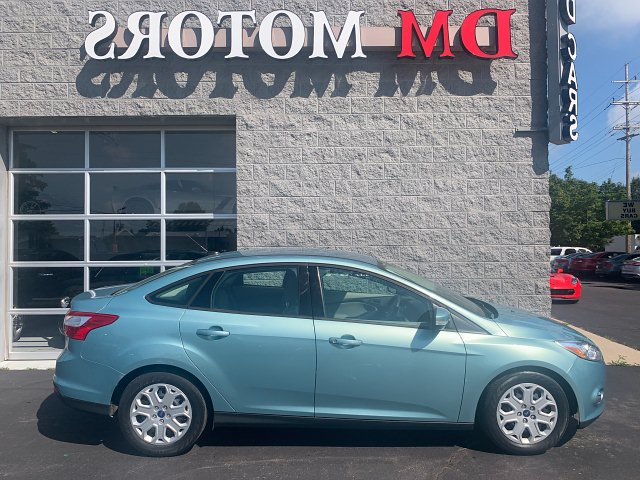 2012 Ford Focus SE Sedan 6-Speed Automatic