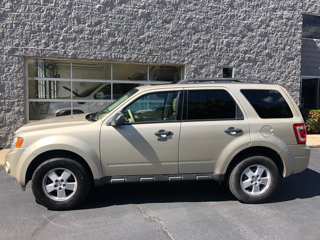 2012 Ford Escape XLT FWD 6-Speed Automatic