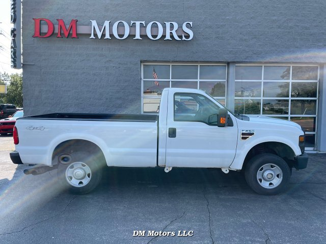 2008 Ford F-250 SD XL 4WD 5-Speed Automatic