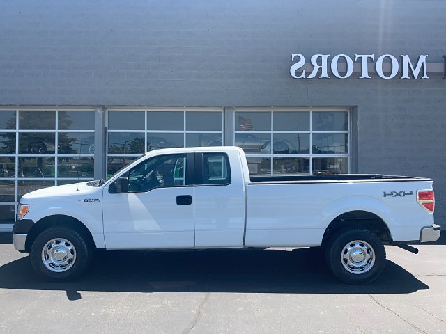 2011 Ford F-150 XL SuperCab 8-ft. Bed 4WD 6-Speed Automatic