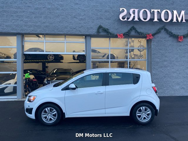 2012 Chevrolet Sonic 2LT 5-Door 6-Speed Automatic
