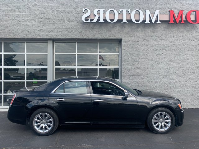 2012 Chrysler 300 Limited RWD 8-Speed Automatic