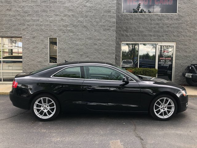 2010 Audi A5 Coupe 2.0T quattro Tiptronic 6-Speed Automatic