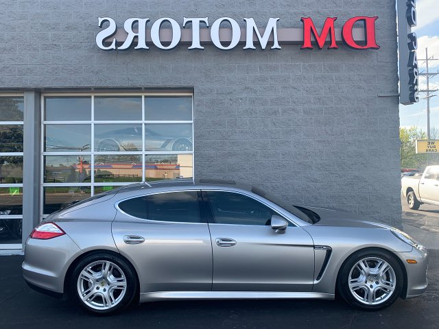 2010 Porsche Panamera 4S 7-Speed Manual